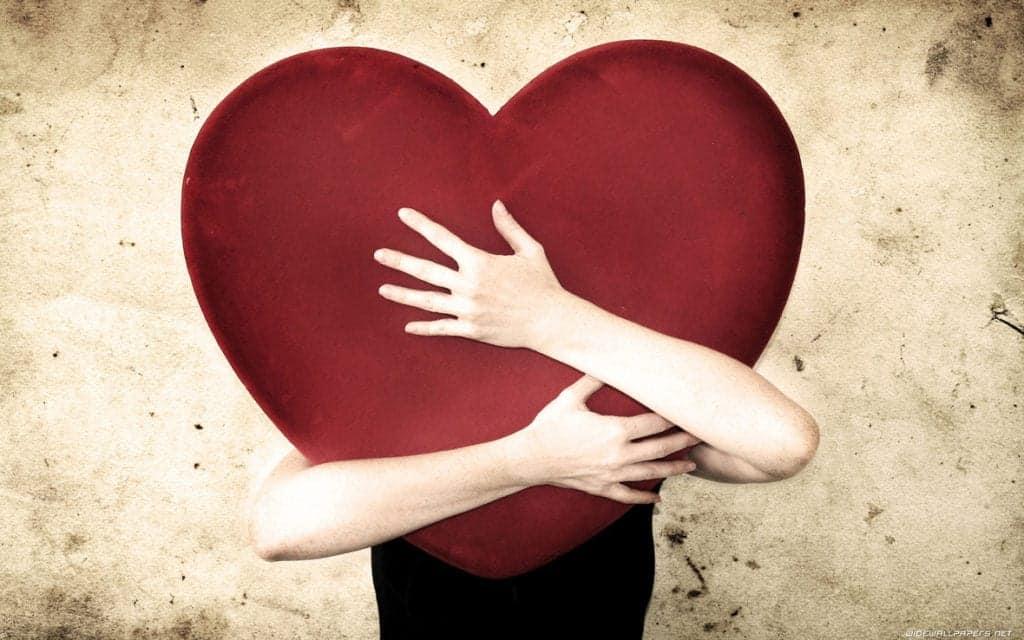 Hugging_heart