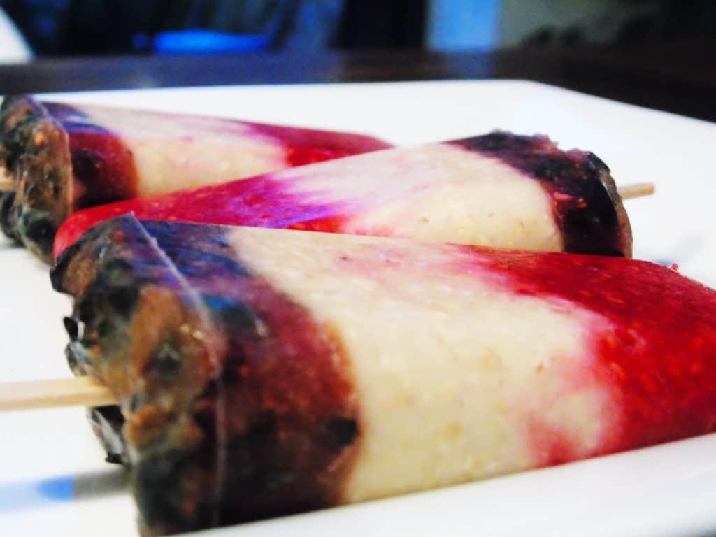 Overnight Oat Ice Lollies - Breakfast Ideas - Slimming World - Healthy Extra B - HexB - Ice Lollies - Frozen - Berries - Raspberry - Blueberry - Low Syn