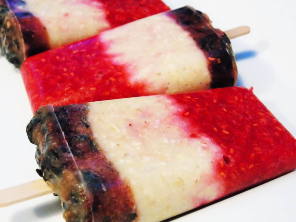 Overnight Oat Ice Lollies - Breakfast Ideas - Slimming World - Healthy Extra B - HexB - Ice Lollies - Frozen - Berries - Raspberry - Blueberry - Low Syn
