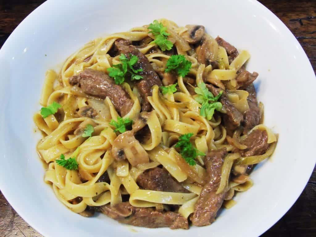 Syn - Free - Slimming - World - Tagliatelle - Pasta - Creamy - Sauce - Steak - Mushroom - Dinner - Easy