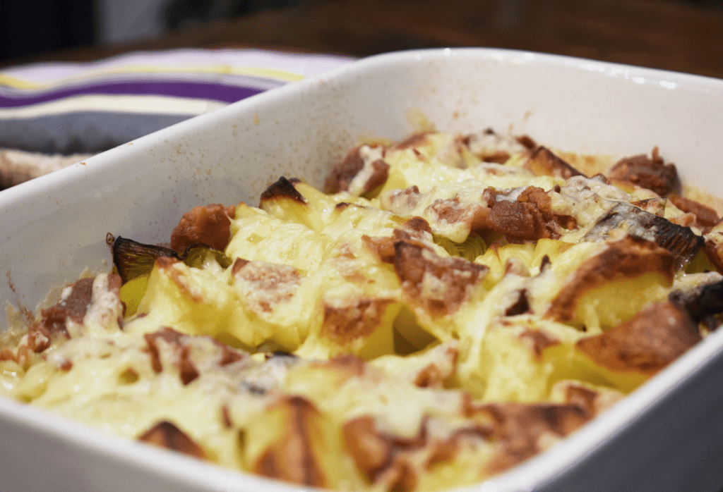 Syn Free Loaded Leek & Potato Bake - Cheese - Bacon - Slimming World