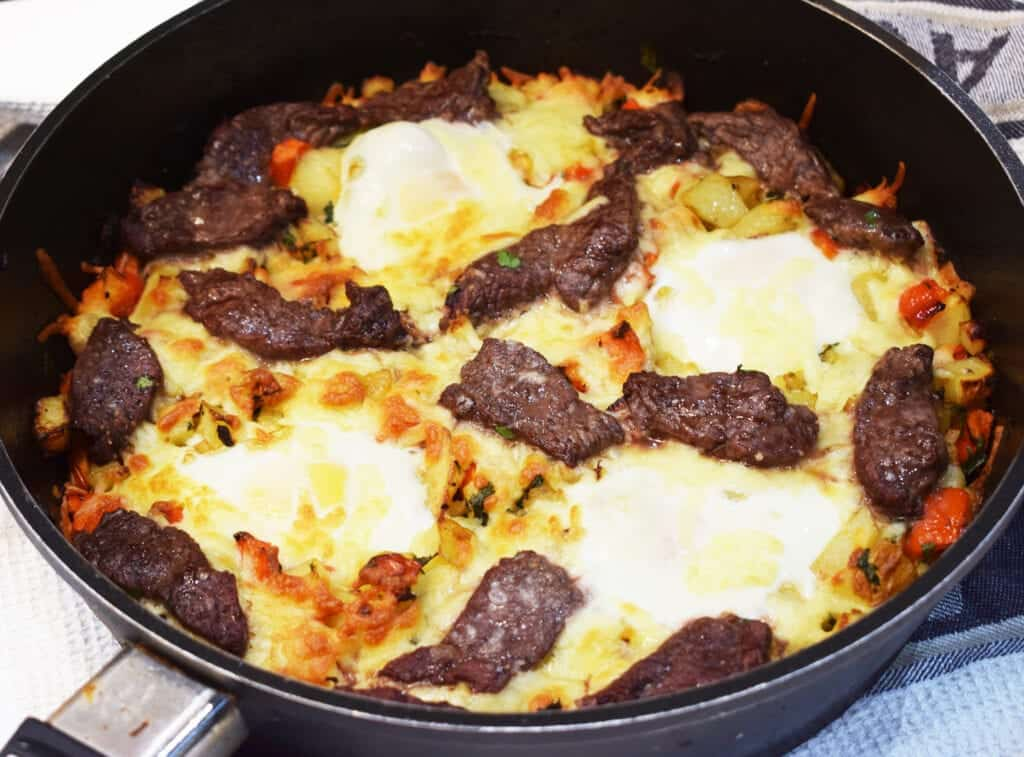 Cheesy - Steak & Egg Hash - Slimming World - Syn Free