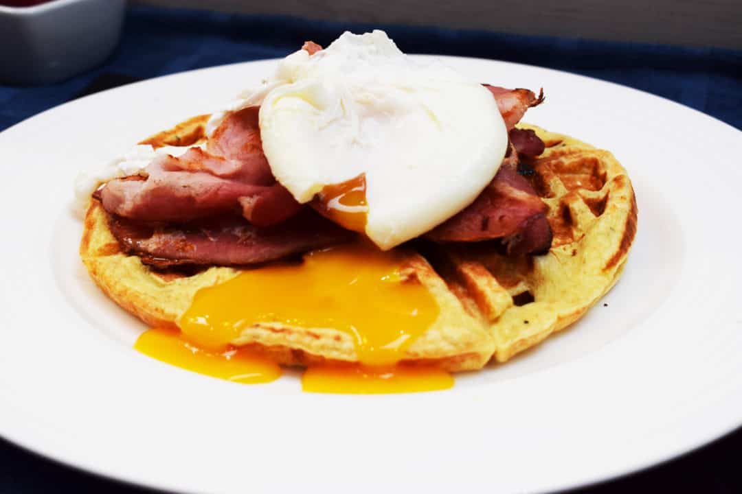 Syn Free Healthy Extra B Waffles with Poached Egg & Bacon - Syn Free Waffles - Syn Free - Waffles - Bacon - Poached Egg - Slimming World - Healthy