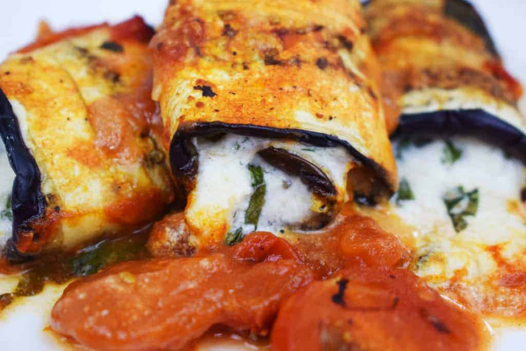 Low Carb Aubergine Pizza Rolls - Slimming World - Syn Free - Gluten Free - Healthy