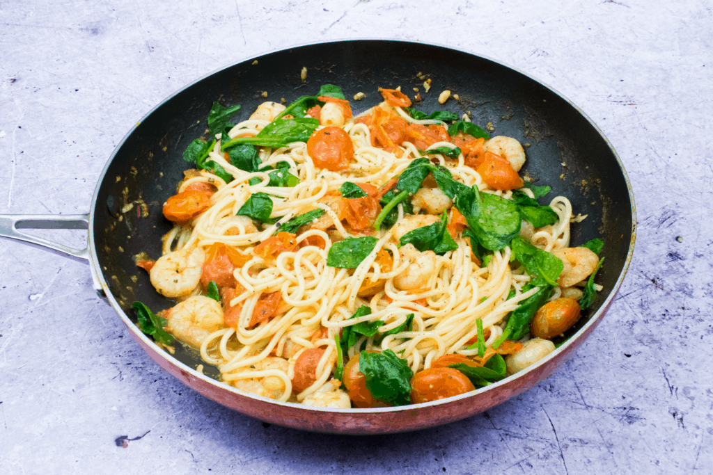 10 Minute - Easy Peasy - Chilli & Prawn Linguine