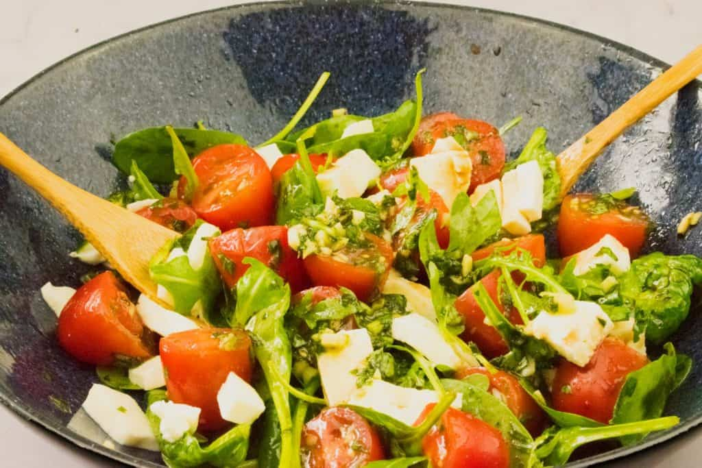 caprese salad - slimming world - keto - healthy - salad recipe - low syn