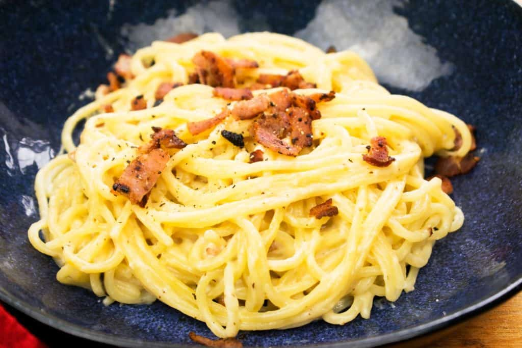 Syn Free Creamy Cheese and Bacon Pasta - slimming world - recipe