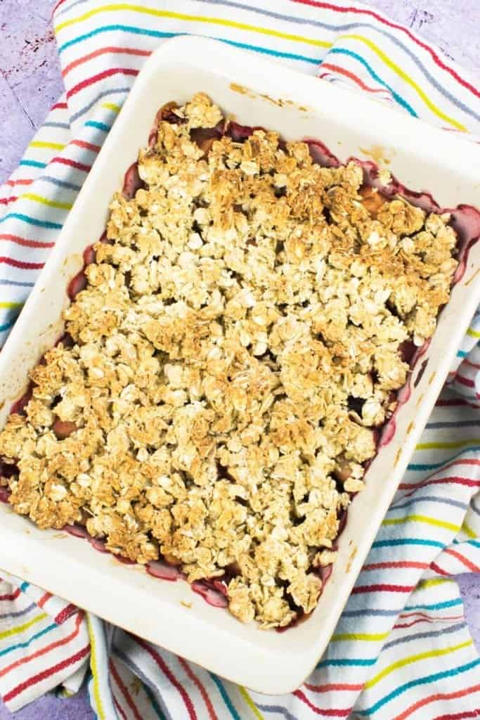 Low Syn Apple & Blackberry Crumble Slimming World Pudding Recipe