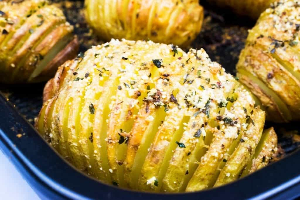 Syn Free Garlic & Parmesan Hasselback Potatoes for Slimming World