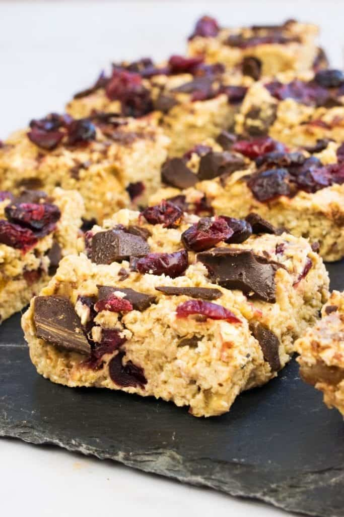 Healthy No Bake Cranberry & Chocolate Breakfast Bars - Slimming World - Healthy Extra B - Low Syn
