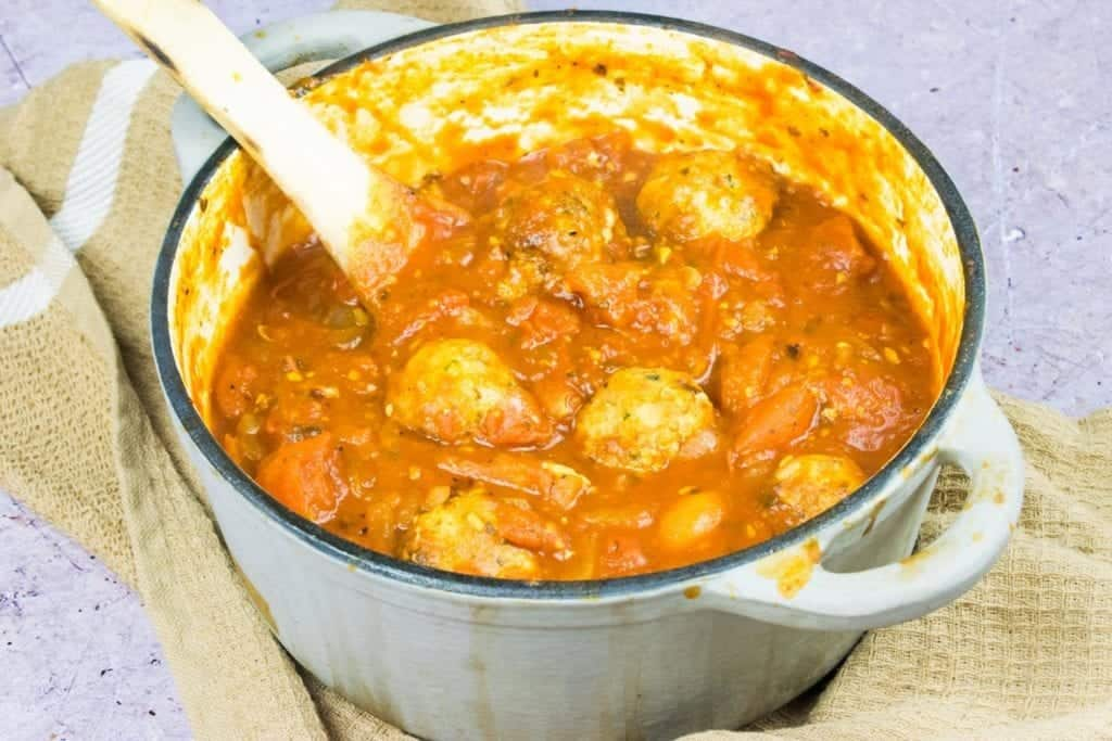 Healthy Homemade Meatballs in Tomato Sauce Syn Free Slimming World Recipe - finished recipe image
