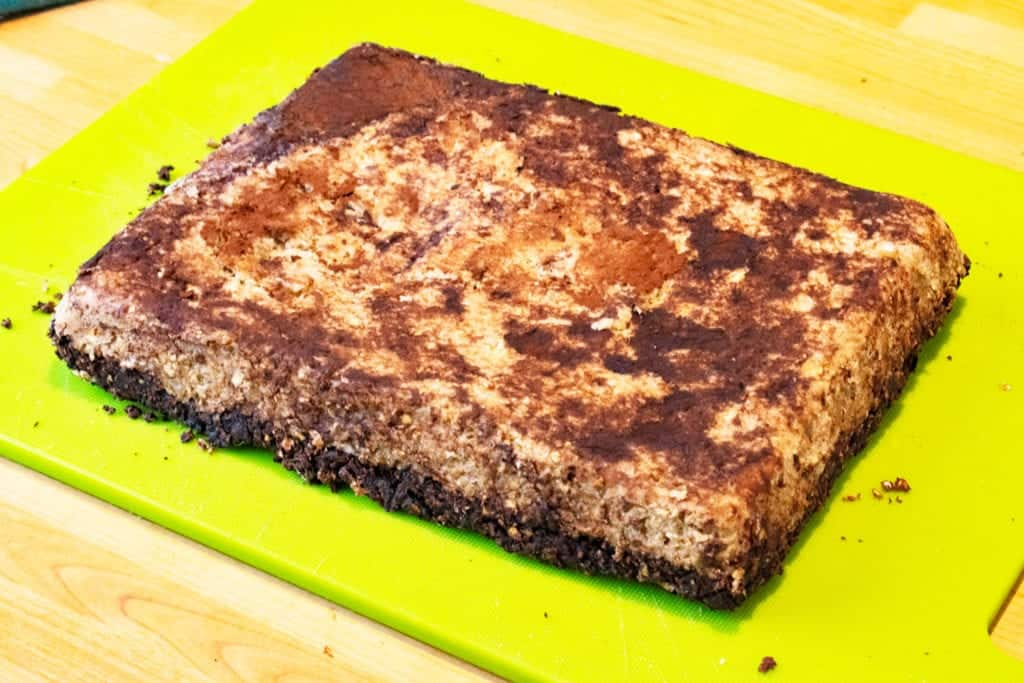 Healthy Meal Prep Chocolate & Banana Breakfast Bars - Slimming World Breakfast Recipe - Gluten Free and Dairy Free recipe, suitable for vegans.