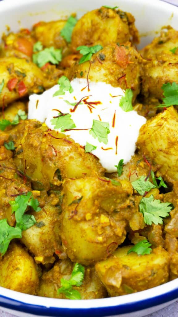 Best Ever Easy Potato Curry Recipe - Slimming World - Tesco Jersey Royal Potatoes - Syn Free