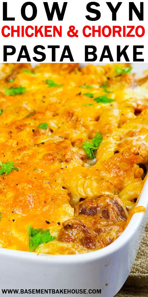 This Low Syn Chicken & Chorizo Pasta Bake is a delicious, family friendly Slimming World dinner recipe! Ready in just 30 minutes.