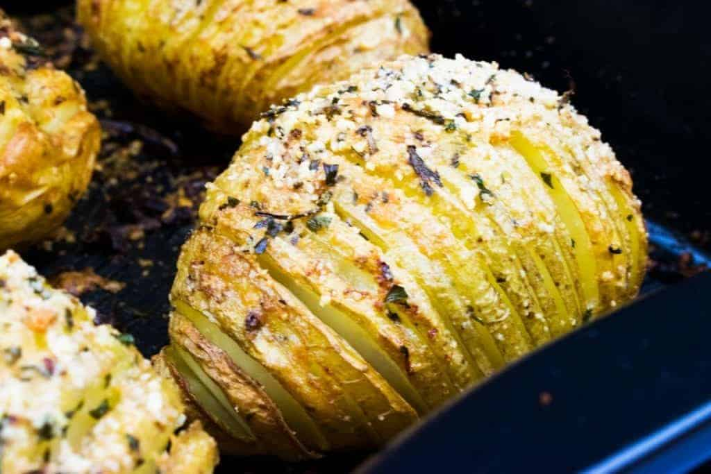 syn-free-hasselback-parmesan-potatoes-slimming-world-recipe